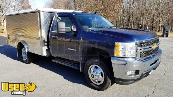 2012 Chevrolet Silverado 3500 HD Lunch Serving Canteen Food Truck