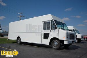 Fully Loaded 2016 Ford F59 Food Truck Kitchen on Wheels in Excellent Shape