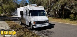 Inspected 2000 GMC P30 Step Van 25' Kitchen Food Truck for Completion
