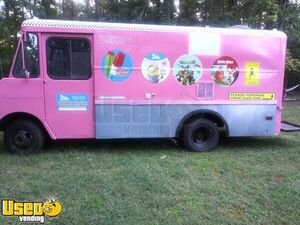 Used GMC P30 Ice Cream / Empty Food or Beverage / Retail Truck